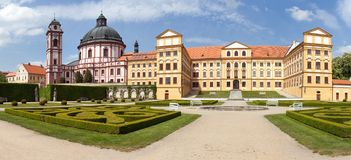 Barock- und Renaissanceschloss Jaromerice nad Rokytnou stockbilder