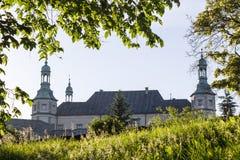 Barocka biskopar av den Krakow slotten i Kielce, Polen Arkivfoton