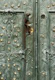 Barocke Art, eindrucksvolle grüne Türen Dominikanische Kathedrale Stockfotografie
