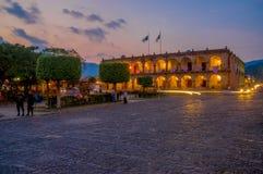 Barockes Gebäude in der Hauptplatzpiazza Antigua Stockfotografie