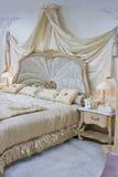 Barockt sovrum fotografering för bildbyråer