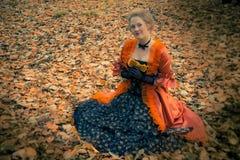 Barok meisje openlucht Royalty-vrije Stock Foto's