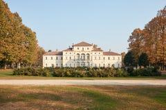 Barokke Tesoriera-villa met tuin in de herfstdag in Turijn, Italië royalty-vrije stock foto