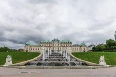 Barokowy fontanny i wierzchu belweder w Wiedeń, Austria Zdjęcie Stock