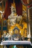 Baroku srebny grobowiec St John Nepomuk w St Vitus katedrze w Praga kasztelu Zdjęcia Stock