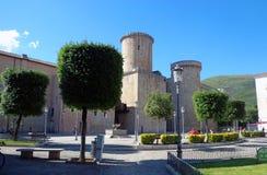 Baron- Caetani slott som byggs i 1319 i Fondi, Italien Royaltyfria Foton