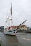 Barquentine Meridianas do símbolo da cidade de Klaipeda imagens de stock