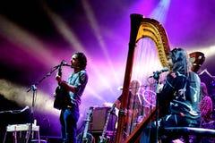 Barr Brothers (musikband) den levande kapaciteten på den Bime festivalen Royaltyfri Foto