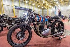 BARRA BONITA, БРАЗИЛИЯ - 17-ОЕ ИЮНЯ 2017: Винтажное exhibi мотоциклов стоковые фото
