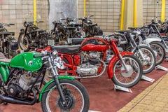 BARRA BONITA, БРАЗИЛИЯ - 17-ОЕ ИЮНЯ 2017: Винтажное exhibi мотоциклов стоковое фото