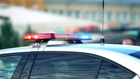 Barra clara de carro de polícia na ação vídeos de arquivo