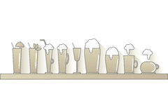 Barra con las diversas bebidas en beige Imagen de archivo