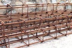 Barra d'acciaio, tondo per cemento armato per costruzione, ruggine sul filo di acciaio, ruggine della barra d'acciaio, acciaio de fotografia stock
