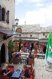 Barra de café da rua de Mostar foto de stock royalty free