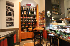 Barra de café elegante em Roma Foto de Stock Royalty Free