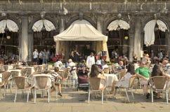 Barra de café en Venecia Imágenes de archivo libres de regalías