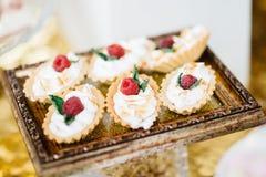 Barra de caramelo deliciosa de la recepción nupcial Foto de archivo