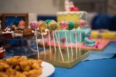 Barra de caramelo y torta maravillosa Foto de archivo