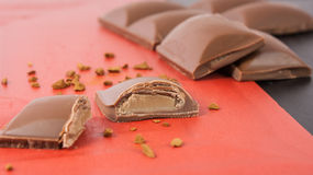 Barra de chocolate quebrada do creme do licor Foto de Stock