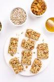 Barra de la nutrición, granola foto de archivo libre de regalías