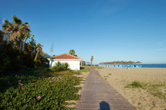 Barra de la playa con palmtrees en Marbella Fotografía de archivo libre de regalías