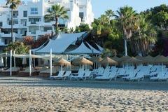 Barra de la playa en el centro turístico Fotos de archivo libres de regalías