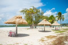 Barra de la playa en la playa de Pontal DA Ilha, en la extremidad del norte de la isla de Itamaraca foto de archivo libre de regalías