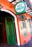 Barra de OBriens de la palmadita de New Orleans del barrio francés Foto de archivo libre de regalías