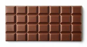 Barra del chocolate con leche aislada en el fondo blanco Fotografía de archivo