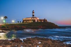 Barra di Farol da in Bahia, Salvador - Brasile al tramonto fotografia stock libera da diritti