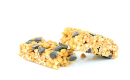 Barra di granola spaccata. Fotografia Stock Libera da Diritti