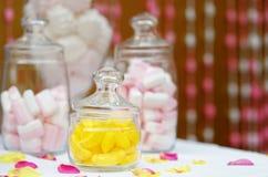 Barra dolce di caramella o della tavola Fotografie Stock