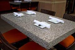 Barra e restaurante ao ar livre internos Imagens de Stock Royalty Free