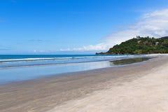 Barra font la plage de Sahy - Brésil Images stock