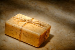 Barra natural do sabão de banho do cuidado de Aromatherapy Marselha fotografia de stock royalty free