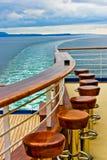 Barra y estela del barco de cruceros Fotos de archivo
