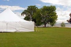 Barraca branca do banquete de casamento Fotografia de Stock Royalty Free