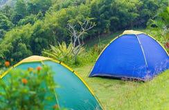 Barraca de acampamento no acampamento no parque nacional Fotografia de Stock Royalty Free