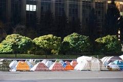 Barracas na frente de Moldova chisinau Imagens de Stock