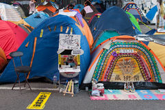 Barracas na rua, uma rua que obstrui a demonstração em 2014 Imagens de Stock Royalty Free