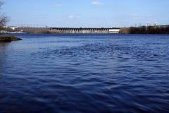 Barrage de fleuve image libre de droits