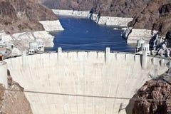 Barrage de Hoover et hydromel de lac photographie stock