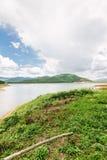 Barrage et réservoir en Thaïlande Photographie stock