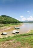 Barrage et réservoir en Thaïlande Photo stock