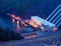 Barrage hydro-électrique Photographie stock libre de droits