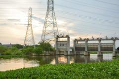 Barrage public dans le pays Chachoengsao Thaïlande Photo stock