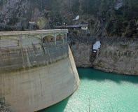 Barrage sur le lac images libres de droits
