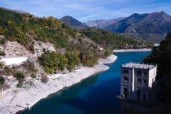 Barrage sur le lac Sautet Photographie stock libre de droits