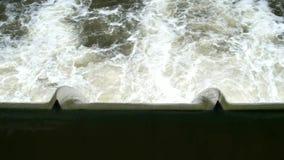 Barragem sobre o Neckar River video estoque