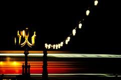 Barramento de ponte dobro de Londres no movimento Imagens de Stock